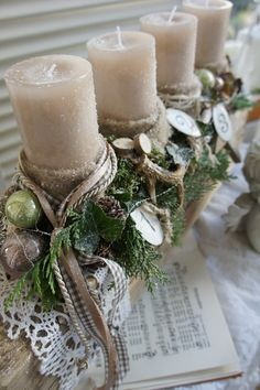 Big Christmas Advent Wreath, Driftwood Christmas Tree, Christmas Plants, Christmas Garden, Rustic Christmas, Xmas, Outdoor Christmas Decorations, Christmas Themes, Deco Table