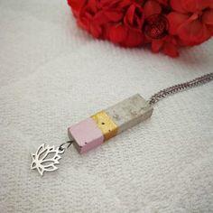 beton nyaklánc Usb Flash Drive, Jewellery, Jewels, Jewelry Shop, Jewerly, Jewelery, Jewlery