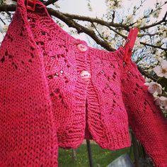 Pletené bolerko pro malou princeznu  podle @olannandmagazine :) #knitting #knitstagram #bolero #pleteni Crochet Top, Instagram, Tops, Women, Fashion, Moda, Fashion Styles, Fashion Illustrations, Woman