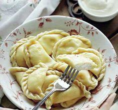 Вареники с творогом Ravioli, Russian Recipes, Russian Foods, Saveur, Apple Pie, Mashed Potatoes, Macaroni And Cheese, Ethnic Recipes, Desserts