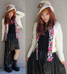 ❥ La Carmina's rainbow hair! A colorful-Gothic outfit post - do you like how I styled it??     MORE PHOTOS >>>  http://www.lacarmina.com/blog/2012/05/fashion-blog-outfit-post-besty-girls-club-bow-rings-asymmetrical-hem-skirt-pink-rainbow-hair-kawaii-eyes/