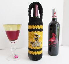 Georgia Tech Wine Bottle Carrier, Wine Bottle Decor in Gold and Black