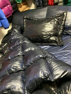 Nylons, Down Blanket, Down Sleeping Bag, Mens Down Jacket, Puffy Jacket, Moncler, Healthy Lifestyle, Bedding, Sparkle