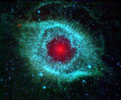 nebulosa Hélix Nébula, nebulosa hélice o ngc 7293, lo llaman el ojo de Dios, está en la constelación de Acuario