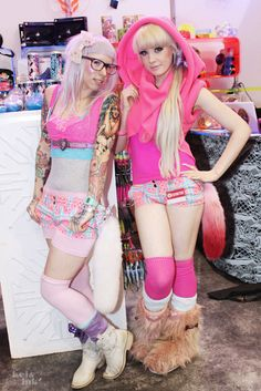 Space Captain Izzi and the beautiful Eilish Sparkle! Space Captain, Neon Style, Japan Street, Got The Look, Style Snaps, Gothic Lolita, Ponies, Clothing Items, Fashion Art