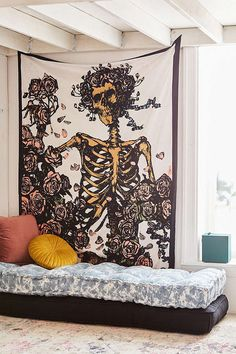 Urban Outfitters Grateful Dead Skeleton N' Roses Tapestry