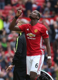 Check Out This Article On Footy That Offers Many Great Tips. If you want to improve your footy game, the tips below are a great way to start. You need practice and passion to be good at football. One Love Manchester United, Paul Pogba Manchester United, Manchester United Wallpaper, Manchester United Football, Paul Labile Pogba, Premier League Champions, Soccer Skills, Man United, Lionel Messi