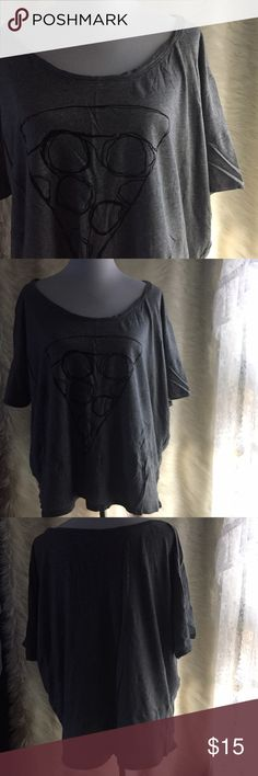 Pizza t-shirt Boxy style t-shirt with a sketch of a slice of pizza on the front. Super comfy for lounging, sleeping, or wearing out with your favorite skinny jeans! Gently used, but in excellent condition. Size XXL and fits 16-20. Old Navy Tops Tees - Short Sleeve