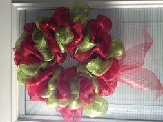 DIY Christmas wreath! I want one like this with ornaments on it!