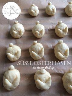 Süße kleine Osterhäschen aus Quark-Öl-Teig hoppeln auf die Ostertafel!