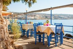 The do's and dont's of eating in Greece