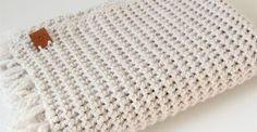 Crochet Afghan Patterns Baby 51 Ideas For 2019 Diy Crochet And Knitting, Chunky Crochet, Crochet Home, Love Crochet, Crochet For Kids, Crochet Cushions, Crochet Afghans, Baby Blanket Crochet, Crochet Baby