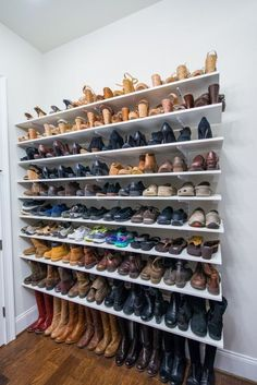 Install adjustable shelving on your bedroom wall for a store-like display of your shoes. Here's 19 shoe storage and organization hacks that are worth trying even if you are on a budget. You will love these DIY shoe organizer ideas! Diy Closet Shelves, Closet Shoe Storage, Diy Shoe Rack, Shoe Racks, Clothing Storage, Shelves For Shoes, Garage Storage, Diy Shoe Organizer, Storage Shelves