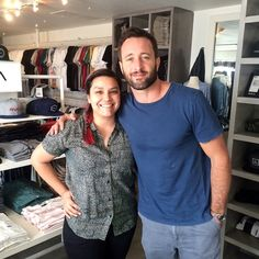 Credit: thatgirl__rachel on IG Just met Alex O'Loughlin from Hawaii 5-0. Asked him if he would take a picture with me so I could make my mom happy. Of course, he said yes. Nice guy. #hawaii50 #alexoloughlin #rvca #dontmindmyface