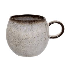 The perfect mug! Spacious and cozy all at once <3