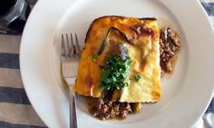 How to cook perfect moussaka A summer holiday favourite perfect for the British spring's combination of scintillating sunshine and sudden sharp showers. Greek Recipes, Meat Recipes, Gourmet Recipes, Cooking Recipes, Healthy Recipes, Savoury Recipes, Lamb Recipes, Eat Healthy, Yummy Recipes