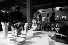Oma en bruidstaart trouwlocatie twiskerslot bruidsfotografie