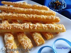 Érdekel a receptje? My Recipes, Cake Recipes, Dessert Recipes, Cooking Recipes, Hungarian Desserts, Hungarian Recipes, Torte Cake, Savory Pastry, Salty Foods