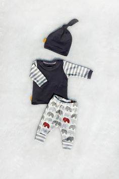 Marching Elephants Newborn Coming Home Outfit, Leggings, Shirt, and Matching Knot Hat, Baby Boy, Size Newborn by brambleandbough on Etsy