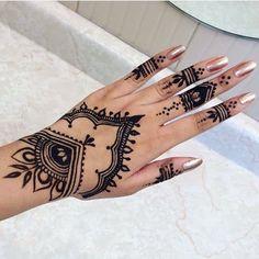 Repost Rishiya toys toys - completed by - Henna tatoo - Henna Designs Hand Mehndi Tattoo, Henna Tattoo Designs, Henna Tattoos, Henna Tattoo Muster, Cute Henna Designs, Sexy Tattoos, Finger Henna Designs, Beautiful Henna Designs, Mehndi Designs
