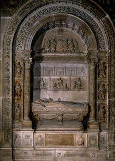Domenico FANCELLI: Sepulcro del Cardenal Diego Hurtado de Mendoza. Catedral de Sevilla.