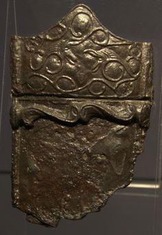 Teacă de sabie celtică, datată în anul 50 î.e.n., descoperită la Cracovia, Polonia