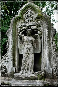 Mid-Victorian monument of Verlinda Stevens, d. 1872