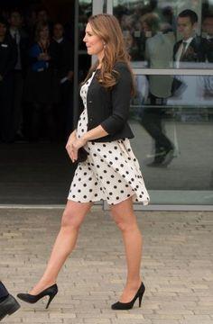 su estilo de moda de embarazo ha suscitado tanta curiosidad como su pancita.