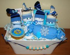 personalized boy diaper cake; diaper babies in a box filled with diapers - easy to make!