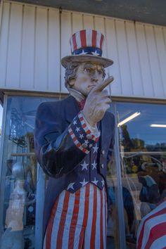 Uncle Sam at Import Liquidators, Southampton, NY (07/24/2016)