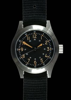 MWC A-17 Classic 1950s Pattern US Korean War Issue Watch with 24 Jewel – Military Watch Company (MWC).