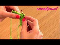 Leren Haken - Stokjes - Leer haken met Scheepjeswol