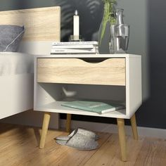 Mesa de Noche Oslo 50x39x49 cm Blanco Roble - Tvilum - 316702 Bed Table, Bed Side Table Ideas, Bedside Table Design, Side Tables Bedroom, Farmhouse Side Table, Furniture Direct, Modern Side Table, Inexpensive Furniture, New Room
