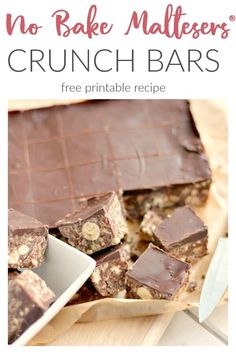 A no bake chocolate Malteser tiffin recipe made with crushed digestives, milk and dark chocolate. Bake Sale Recipes, Tray Bake Recipes, Fudge Recipes, Dessert Recipes, Oreo Desserts, Malteser Cake, Malteaser Cheesecake, Malteser Slice, Desert Recipes