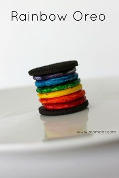 "Make the Gay Pride ""Rainbow Oreo"" at home! [Originally found by Andrew Kardon on something called ""Google Plus Sign"" (??).]"