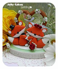 Sweet Foxes Keesake Wedding Cake Topper~by Jelly Cakes Designs