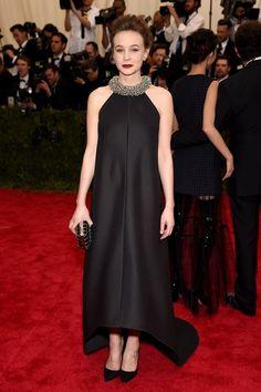Carey Mulligan en robe Balenciaga par Alexander Wang au Met Gala à New York, le 4 mai 2015