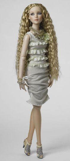 Robert Tonner Fashion Doll