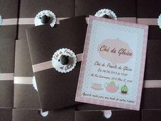 Convite de Cha de Cozinha - Marrom com rosa e fitinha de cetim rosa, panelinah no centro é feita de biscuit Pode ser na cor que desejar Pedido minimo: 20 unidades Pa R$ 2,50