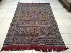 This is recently sold out berber rugs , you can inspire your custom made rugs here ! Saddle Blanket, Berber Rug, Kilim Rugs, Moroccan, Bohemian Rug, Carpet, Handmade, Vintage, Hand Made