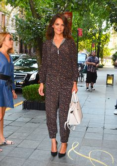 Katie Holmes rocked a bizarre patterned bodysuit while out and about in NYC. (Photo by Raymond Hall/GC Images) via @AOL_Lifestyle Read more: https://www.aol.com/article/entertainment/2017/08/16/katie-holmes-bizarre-jumpsuit/23079591/?a_dgi=aolshare_pinterest#fullscreen