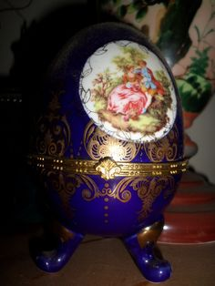 Porcelain egg with golden details by StrangeAttachments on Etsy Egg, Porcelain, Detail, Antiques, Unique Jewelry, Glass, Handmade Gifts, Vintage, Eggs