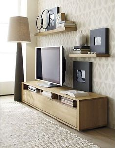 5 Fabulous Clever Hacks: Floating Shelves Apartment Half Baths floating shelves with drawers cabinets.Floating Shelves With Drawers Bedside Tables floating shelf brackets master bath.Floating Shelf For Tv Tv Consoles. Living Room Tv, Apartment Living, Home And Living, Apartment Therapy, Small Living, Tv Stand Ideas For Living Room, Bedroom Apartment, Living Area, Living Spaces
