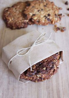 The Perfect 10 (Karlie Kloss's Kookies) recipe #glutenfree #dairyfree breakfast cookie
