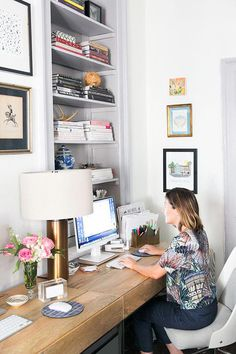 You won't mind getting work done with a home office like one of these. See these 20 inspiring photos for the best decorating and office design ideas for your home office, office furniture, home office ideas Office Nook, Home Office Space, Office Workspace, Small Office, Home Office Furniture, Office Spaces, Office Setup, Office Table, Dining Room Office