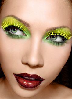8 makeup brushes you need Bite Beauty Bite Size Discovery Set Gorgeous eye make-up Neon Eyes with Glo. Makeup Art, Beauty Makeup, Runway Makeup, Crazy Eye Makeup, Dark Red Lips, Dark Lipstick, Burgundy Lips, Eye Makeup Designs, High Fashion Makeup