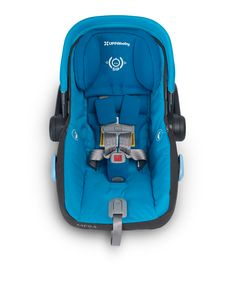 MESA's adjustable headrest is reinforced with EPP foam providing added protection for your child. The integrated design keeps an infants head stationary during a side impact collision, resulting in up to 4X better test scores than other premium infant car seat brands.