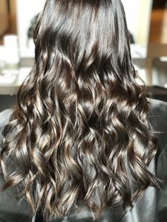 #hair #highlights #brownies #beauty #chocolate #shinyhair #balayage #babylights Brown Highlights, Hair Highlights, Shiny Hair, Videos, Different Colors, Brownies, Hairstyles, Long Hair Styles, Chocolate