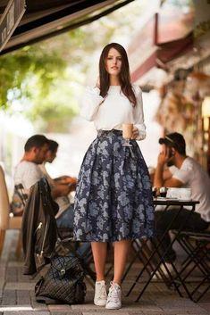 Fashion Mode, Teen Fashion Outfits, Mode Outfits, Modest Fashion, Look Fashion, Fashion Dresses, Fashion News, Runway Fashion, Fall Fashion
