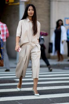 breezy chic summer outfit